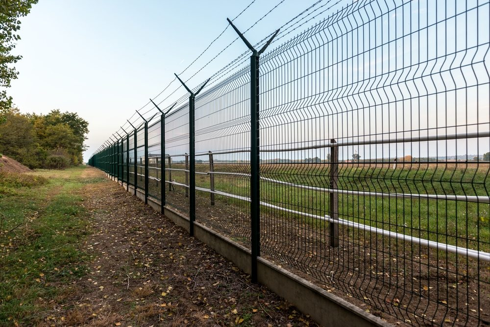 Commercial fences georgia fencing natural enclosures