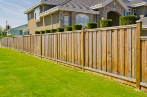 How to Use Fencing as a Landscaping Tool